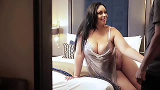 Bigtitted Redbone Mama I'd like to screw (BBC Sex After Clubbing) 1080p
