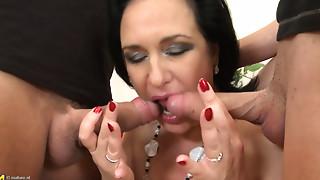Slutty housewife RAISHA E. in a three-some