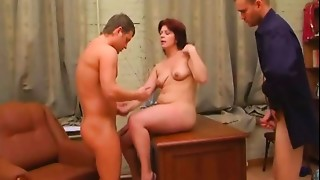 Non-professional mature mother fucked anal job invasion