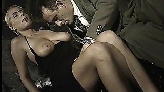 Italian hottie does ass-to-mouth in this vintage episode