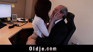 Older boss bang his hot young assistant in the office