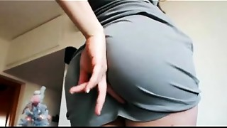 Anybody knows her name?