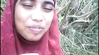 desi Bangla muslim Hijab gal in forest