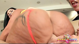 PervCity Kelly Divine and Monica Santiago Anal Threesome