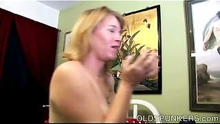 Super lewd Mama I'd like to bonk is a very sexy bonk and loves the taste of cum