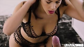 VIXEN Hawt Valentina Nappi seduces her married boss