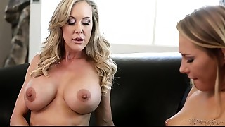 Brandi Love Bonks Carter Cruise With A Strap-on