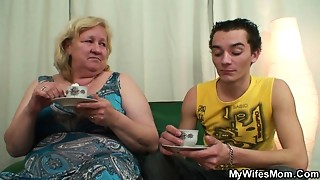 Lewd aged slut seduces her son in law during the time that his wife not home