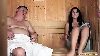 Lascivious Grandpapa Fucks The Small Bella Beretta