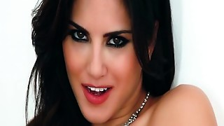 Hot Sunny Leone Solo Movie scenes