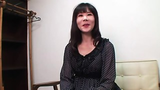 52yr mature Old slut Yoshiko Saito Loves Creampies (Uncensored)