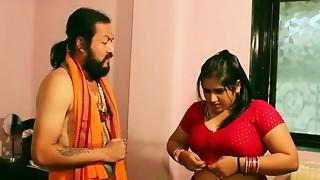 Swamiji enjoying with glamorous Bhabhi