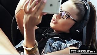 TEENFIDELITY Hipster Sweetheart Elena Koshka Filled With Cum