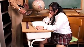 Chunky bigtitted student can't live out of to suck teachers cock