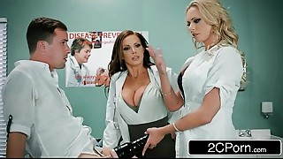 Strapon Stuck In Fleshlight - Doctors Briana Banks &_ Nikki Benz Give Hand
