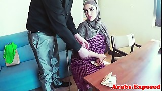Pussyfucked jihab muslim chick mouth creamed