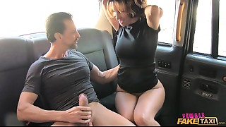 FemaleFakeTaxi Fat knob stretches bawdy cleft in UK taxi
