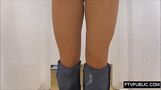upskirt cameltoe in gals changing room