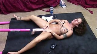 Sexy brunette hair acquires machine drilled on floor with large shlong