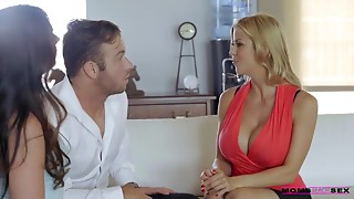 MomsTeachSex - Alexis Fawx Mammas Day Squirting Compilation