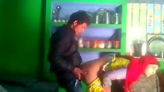 Desi married bhabhi salma cheating with neighbour bf mms giving a kiss