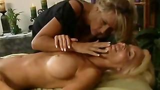 eager sex junkie cougar entice a elder lady