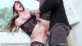 Hawt MILF Darling Danika acquires pounded by youthful chap - Brazzers