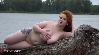 Plump Kaycee Positions Nude