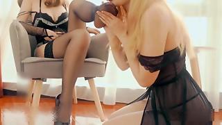 Lesbo Cougars Foot Fetish Porn