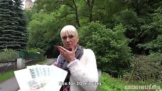 Czech GILF Outdoor POV