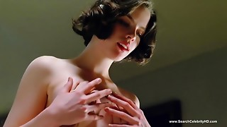 Kate Beckinsale Bare Scenes - Haunted