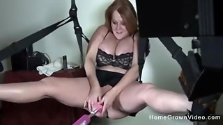 Corpulent breasty MILF screwed by sex machine