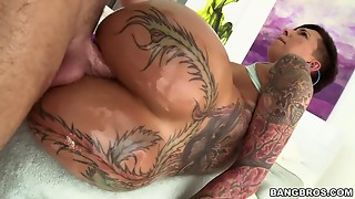 Bella Bellz Receives Pounded From Each Angle