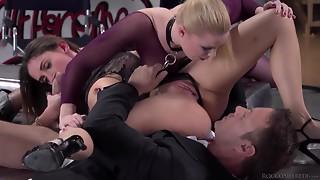 Concupiscent Make Pornstar Rocco Amuses With 2 Superb Ladies