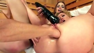 3 lesbo milfs have a fun arse stab fisting and bang every other with toys