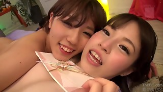 Juvenile JAV lesbos finger bangs every other in hawt 69