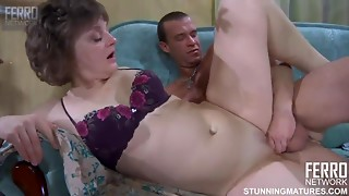 Pale-Skinned Old slut Groans With Mind-Blowing Joy