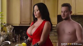 [milfslikeitbig] sybil stallone mother-in-law s spring clean