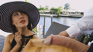 Large mambos hawt lady Tiffany Rain seduces a waiter with big rod