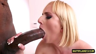 Very Sexy Chick porn star gaping and facial
