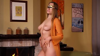 Large Tit Mamma With Mask Masturbating