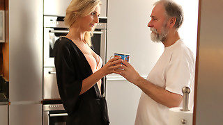 OLD4K. Jenny Smart having lovemaking with an grandpapa with bear