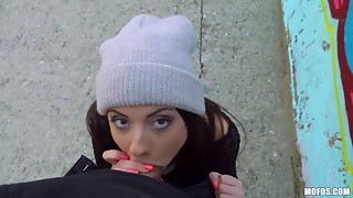 POV outdoor quickie with hawt youthful gal from Italia. Full HD porn.