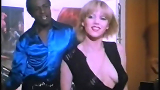 Marilyn Jess rubs shaggy slit whilst jumping on large cock