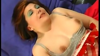 Elder housemaid Laura can't live without 69 pose blowjob