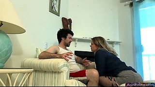 Stepson impregnates stepmammy - Erin Electra
