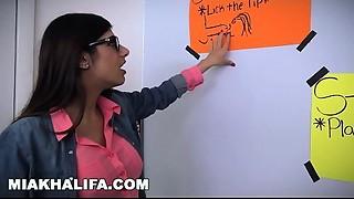 MIA KHALIFA -  Arab Expert Cocksmoker Gives Ally Irrumation Lessons