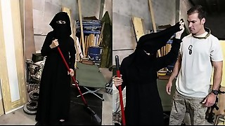 Trip OF Gazoo - Muslim Woman Sweeping Floor Receives Noticed By Slutty American Soldier