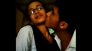 College guy &_ girl lipkiss in dhaba