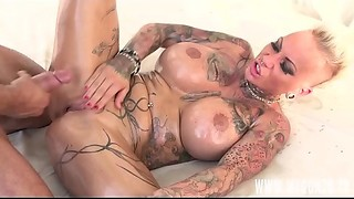 German Tattoo Model And Porn Star Kitty Core Receives Screwed By Mugur Whilst Giving A..